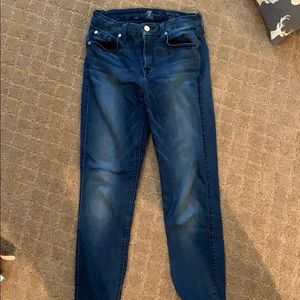 Gently used seven skinny jeans